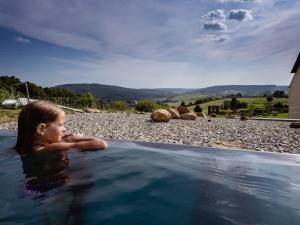 Hotel Vega - výhled přímo z venkovního bazénu