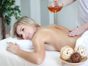 15. Hotel Vega - medová masáž