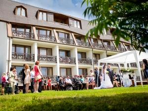 Svatba Luhačovice hotel Vega