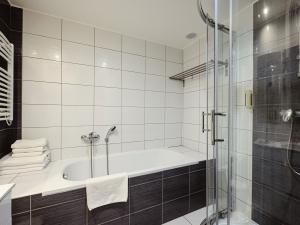 Hotel Vega - Dvoulůžkový pokoj - koupelna