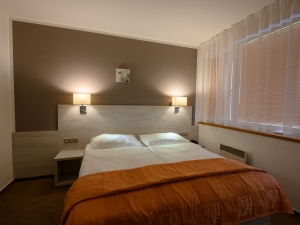 Hotel Vega - apartmán - ložnice