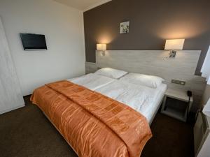 Hotel Vega - apartmán ložnice