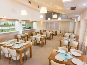 6. Hotel Vega - Restaurace